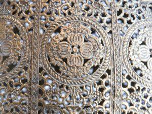 Lampara colgante marruecos 3 oro detalle 2