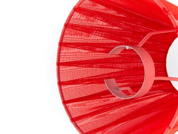Pantalla 8x14 organza roja detalle