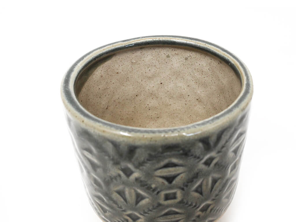 Maceta color gris 8cm MQ184 detalle